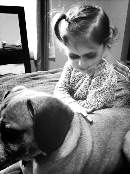 And now it's time to make the doggy pretty too! :) Kids Granddaughter Cute Blackandwhite Family Pets