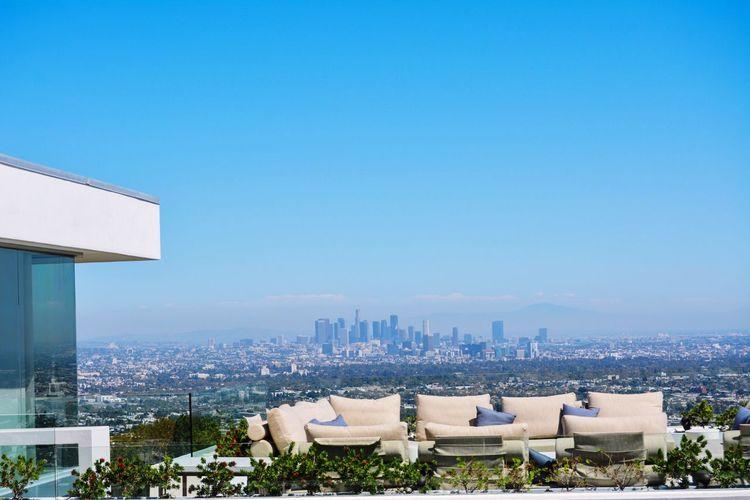 Los Angeles,