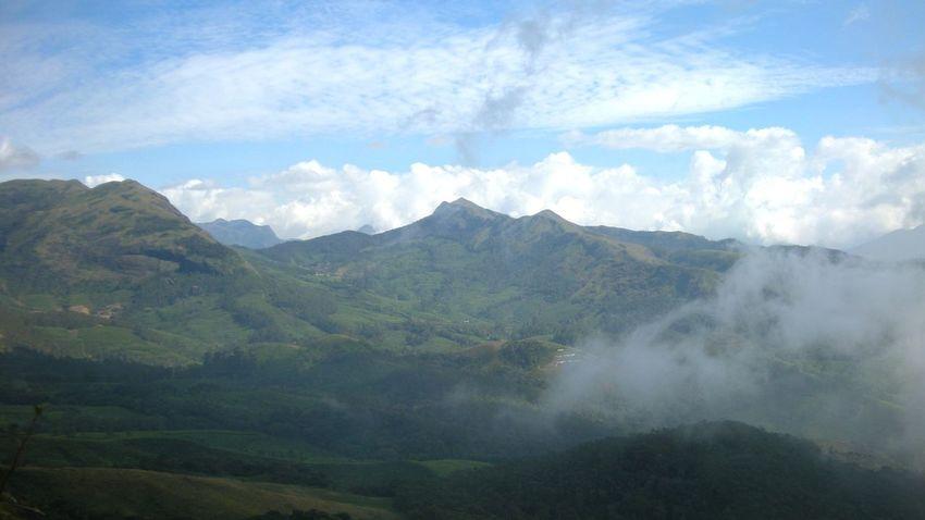 Mountain Fog Landscape Mountain Range Nature Scenics Beauty In Nature Cloud - Sky Beauty Munnar Kerala Kerala, India