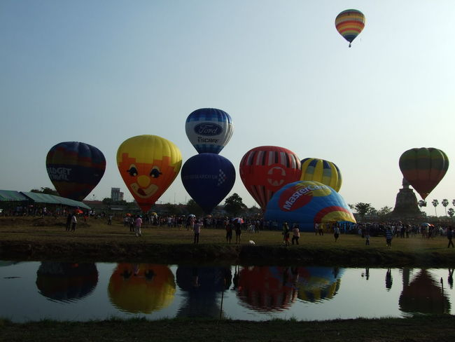 Ballooning Festival Flying Hot Air Balloon Outdoors Water