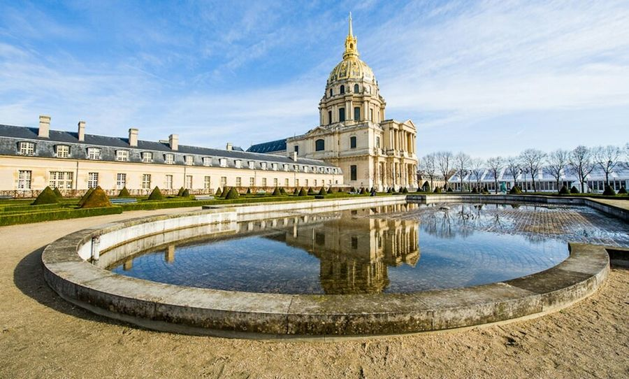 Blue Sky GetYourGuide - Cityscapes Hotel Des Invalides Eye4reflections