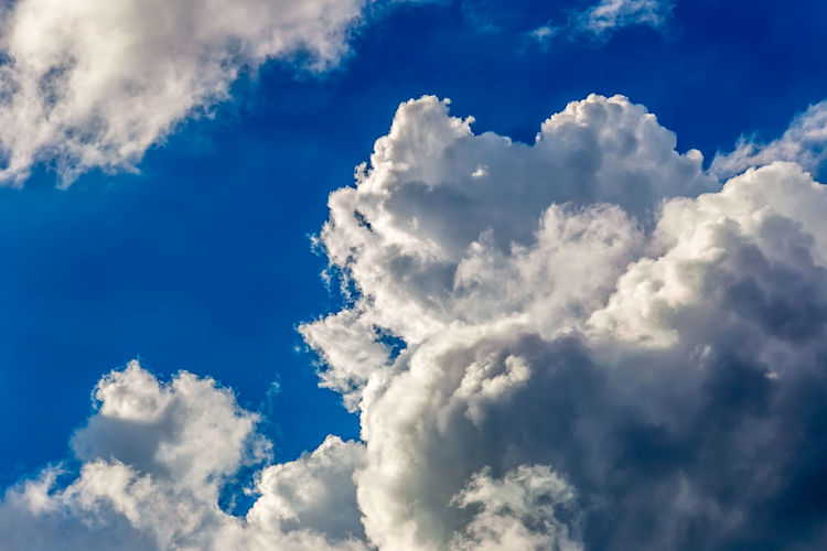 Blue Sky and Clouds Atmosphere Atmospheric Mood Cloud Cloud - Sky Cloudscape Cloudy Dramatic Sky Majestic Moody Sky Orange Color Outdoors Overcast Silhouette Sky Storm Cloud Sunset Tranquility Weather