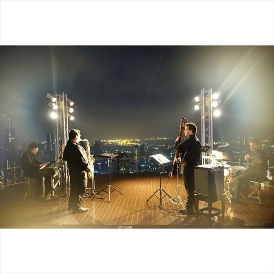 Livejazz at Skybar , Lebua , Bangkok Wonderfulplaces Wonderful Thailand Travel Instamoment Instatravel Instaphoto Outdoors Statetower Sciroccobar Skybar Holiday Hangover Jazz Liveband Chill Rooftop Roofbar Roof Music Bar lounge