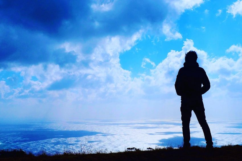Cloud - Sky Sky Silhouette Real People One Person Standing Nature Men Full Length Beauty In Nature Tranquil Scene Scenics Tranquility Outdoors Water Leisure Activity Landscape Lifestyles Sea Vacations Photography FUJIFILM X-T1 八丈島