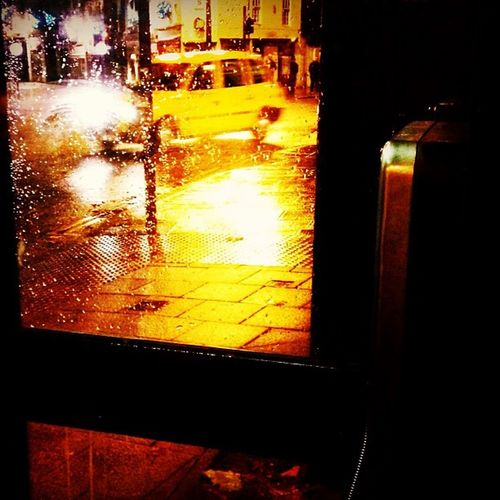 Telephone box. Iphoneagram Iphonography Rain Taxi streetstreetphotographyinstaphoto instagrammer instamood night