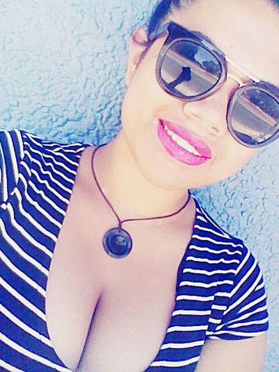 Hi! That's Me Check This Out Selfie ✌ Followme Enjoying Life Hanging Out Cheese! Sunglasses Cleavage