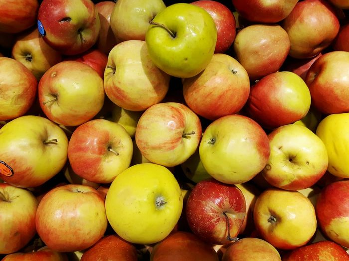 Big Apples Fruit Healthy Eating Food And Drink Food Freshness Abundance Healthy Lifestyle Close-up Supermarket Apples Apple Store Groceries Jabłko Sklep Investing In Quality Of Life