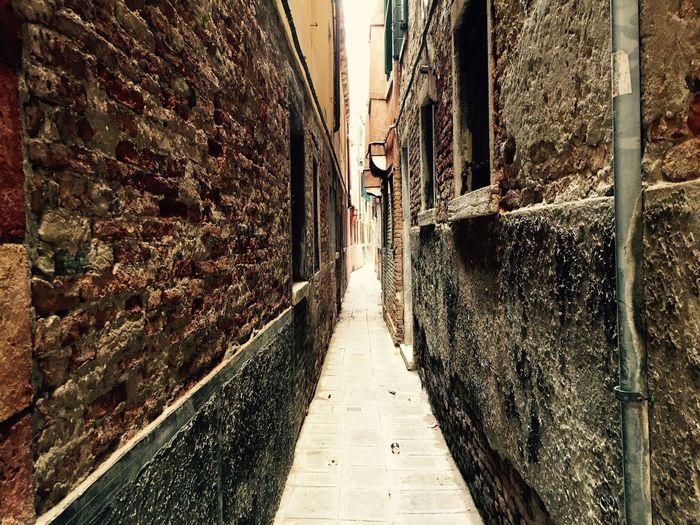 Exploring Venice, Italy Streets Of Venice Italy Italia Venice Venice, Italy Building Back Street