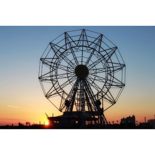 Sunset Silhouette Ferris Wheel Sky Outdoors No People Day Oil Pump First Eyeem Photo EyeEmNewHere