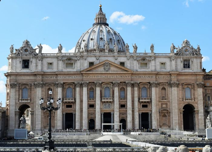 Architecture Built Structure Cathedral Church Famous Place International Landmark Religion Spirituality Tourism Travel