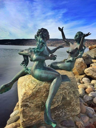 De Tre Havfruer Mermaids Sculpture Statue Bronze Norway Drobak EyeEm Gallery De Tre Havfruer The Week On EyeEm