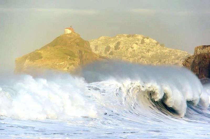 Coast Basque Spain♥ Capture The Moment My Country In A Photo Beautiful Nature Cantabrico Sea Surfing Waves