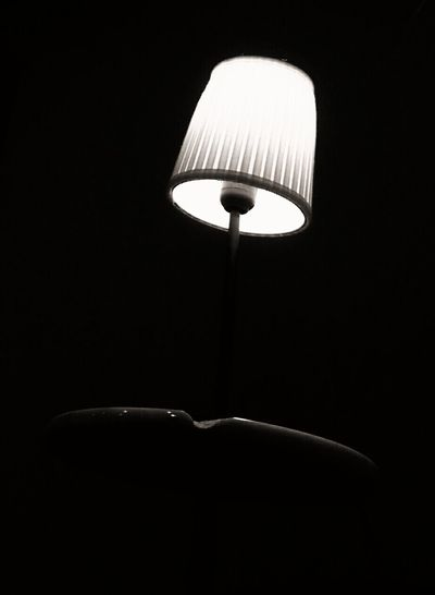 Light Light And Shadow Table Light Black&white Table Light Bulb Nore