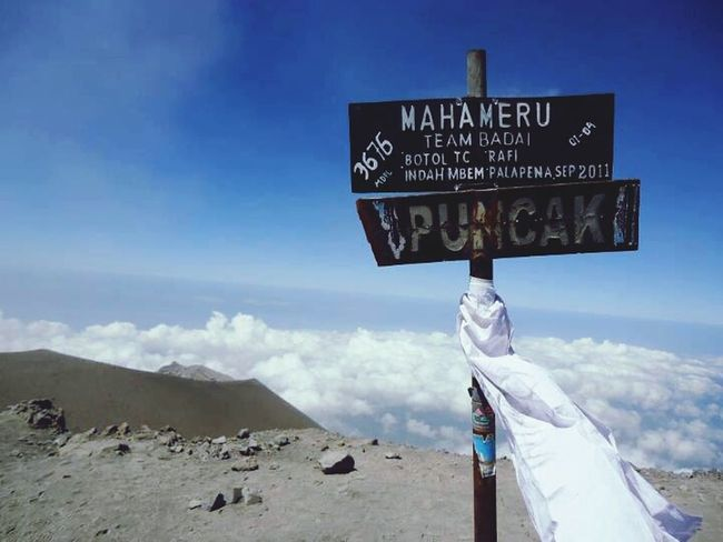 What Makes You Strong? Summit On Mahameru Mt. Semeru Team Badai sky is over