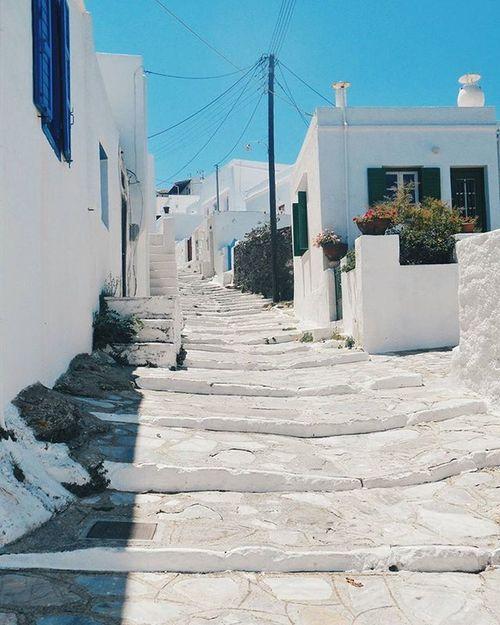 Εμείς δεν ξέρουμε τι είναι η ομίχλη. Εμείς που λες όλα τα φτιάχνουμε στο φως.... Γιάννης Ρίτσος.... ------------------------------------------- Cyclades_islands Vsco_greece Instalifo Popagandagr Athensvoice Photocontestgr Photo_thinkers Instafrapress Ig_greece Mysteriousgreece Greecetravelgr1_ Yanggr Wu_greece Vintage_greece Greecelover_gr Greek_panorama Life_greece Igers_greece Perfectgreece Wonderfulgreece Team_greece Liveauthentic Reasontovisitgreece Welovegreece_ Justgreece greece_is visitgreece huffpostgreece tv_living