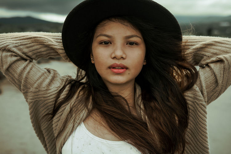 Beauty Casual Clothing Feel Girl Headshot Long Hair Portrait Young Women Sommergefühle