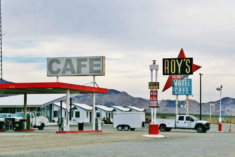 Roy's Cae and Motel,CA,Us America American Arizona Cafe California Canon EOS 7D Mark II Cityscape Cityscapes EyeEm Getty Getty X EyeEm Gettyimages Hello World Information Mother Road Old Town Route 66 Roy's Motel And Cafe Sign USA USA Photos USAtrip Vacation Vacation Time