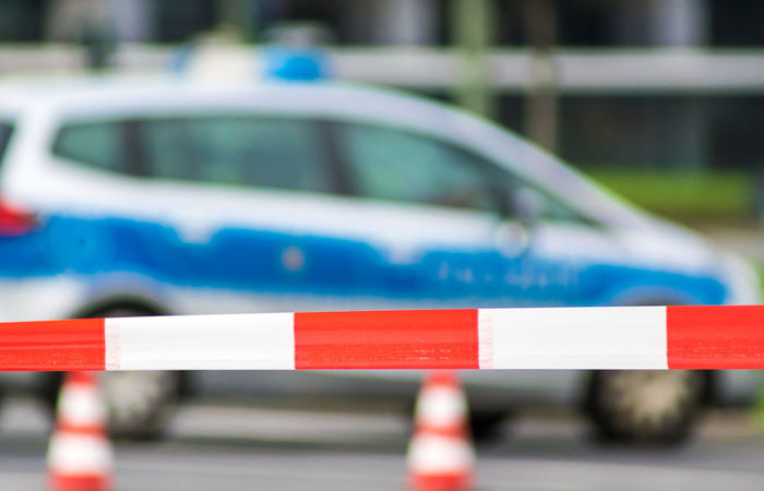 Tatort Tatortsicherung The Week On EyeEm Absperrung Barier Barrier Blue Car Close-up Competition Cordon Tape Criminal Criminal Minds Criminalminds Day Focus On Foreground No People Outdoors Police Police Car Sport Sports Race Traffic Cone Discover Berlin