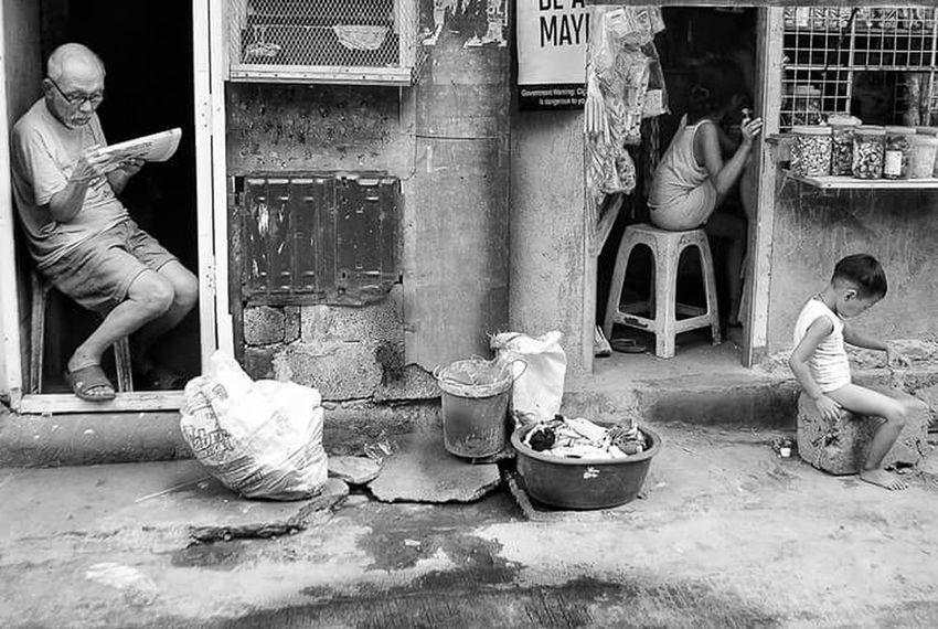 Photooftheday B&w Street Photography Capture The Moment TheWeek On EyEem Street Photography Eyeem Market This Week On Eye Em