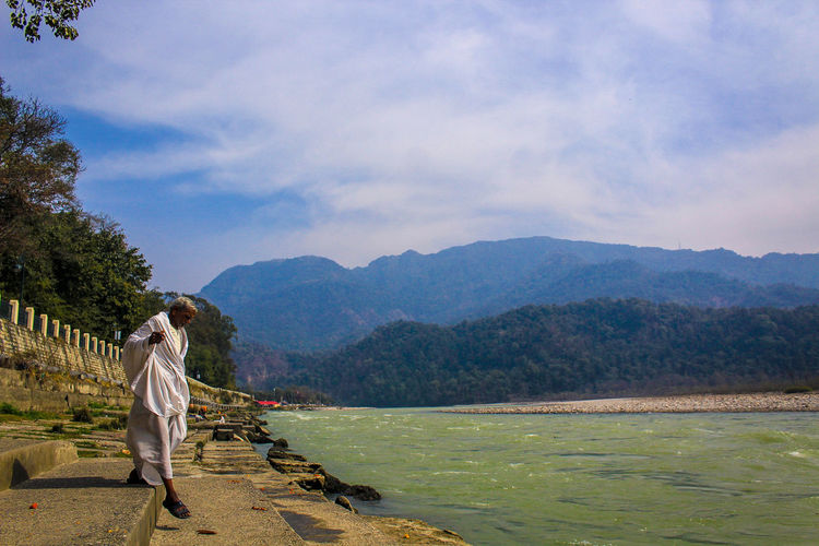 peace Mountain Triveni Ghat Rishikesh Asian Style Conical Hat Farmland Satoyama - Scenery Rice - Cereal Plant Agricultural Field Backpack Tea Crop Cultivated Land Ho Chi Minh City Hiking Pole Vietnamese Culture Laos Farm Chinese Tea Tea Leaves Ear Of Wheat Chiang Mai Province Plowed Field Oilseed Rape Vietnam Terraced Field Hiking Hiker Crop  Plantation The Traveler - 2019 EyeEm Awards
