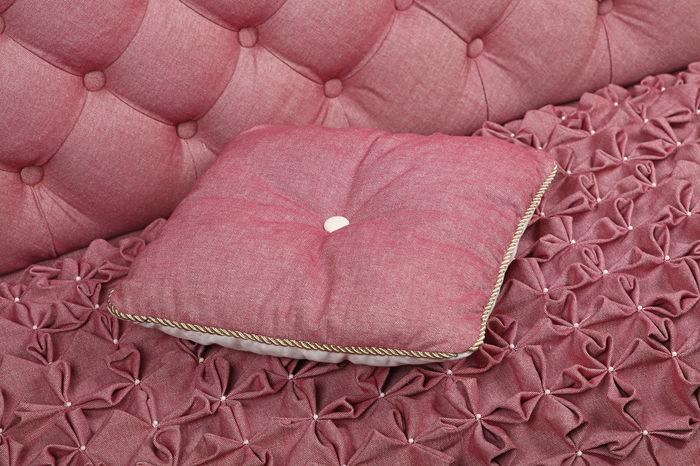 Pink, roze color luxury capitone sofa with pillow, Chesterfield style tufted buttoned fabric textile pattern Bed Capitone Chesterfield Close-up Decor Decoration Drapery Fabric Furniture Interior Interior Design Lux Luxury Luxurylifestyle  Pillow Pink Pink Color Premium Retro Retro Style Rich Roze Sofa Textile Millennial Pink
