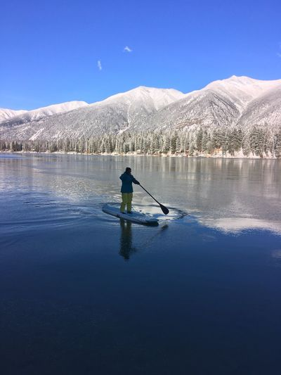 Winter Paddle Paddleboarding Lake Real People Nature One Person Water Beauty In Nature Reflection Blue Scenics Leisure Activity Sky EyeEmNewHere Mountain Sport Watersports Blue Sky Lifestyles Lake Life White Fun Winter Women Around The World Art Is Everywhere The Great Outdoors - 2017 EyeEm Awards The Great Outdoors - 2017 EyeEm Awards Done That. Lost In The Landscape