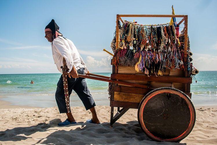 Take my treasure Beach Streetphotography Pirate
