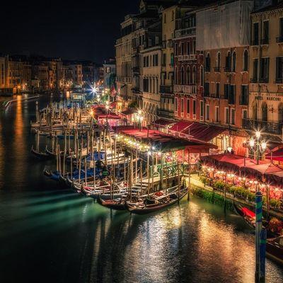 Venezia di notte bellissima!!