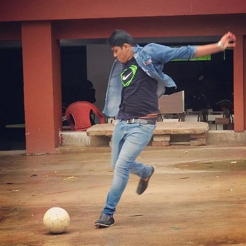 Football_foh_lyf😍😍 Nike_air_max 😘 Jeans_shik_losk 😎😎 Loafers 👞👞 instapic😋😋 instaedits 📷📷