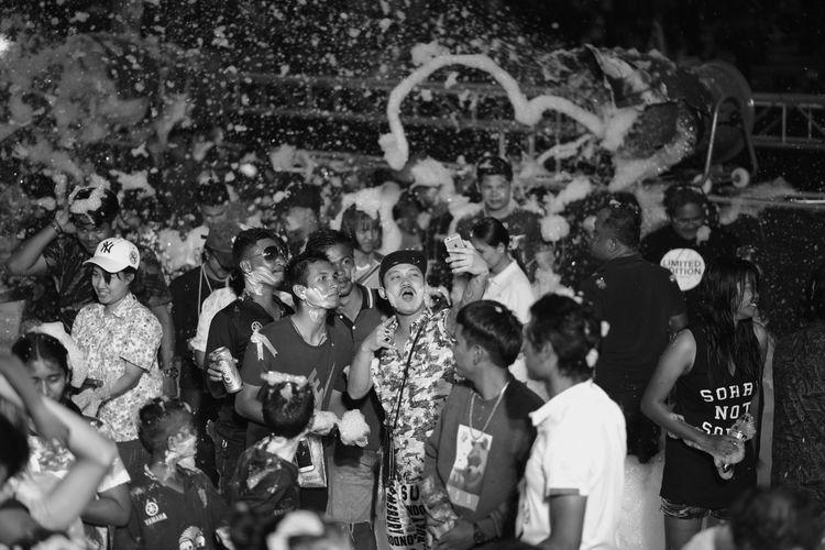 sonkran Thailand water festival nikon d610 nikon 85mm f/1.8g Adult Audience Boys Celebration Child Childhood Crowd Enjoyment Full Length Girls Large Group Of People Lifestyles Men Night Nikon 85 1.8 G Nikon D610 Nikonphotography Outdoors People Performance Popular Music Concert Real People Sonkrag Sonkran Festival Togetherness