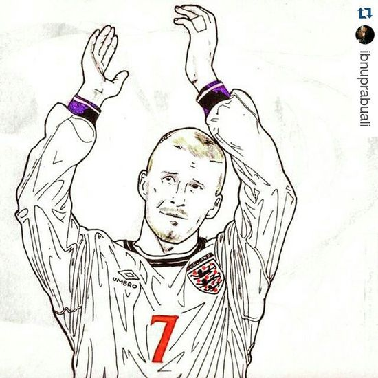 Repost @ibnuprabuali with @repostapp ・・・ Art Illustration Drawing Draw Picture Photography Artist Sketch Sketchbook Paper Pen Pencil Artsy Instaart Gallery Masterpiece Creative Instaartist Graphic Graphics Artoftheday Becks Beckham Davidbeckham db7 legend midfielder england