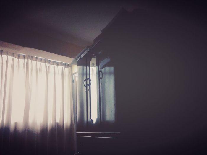 Aun no despierto. Interior Design My Room Luz Y Sombra  Dark Photography