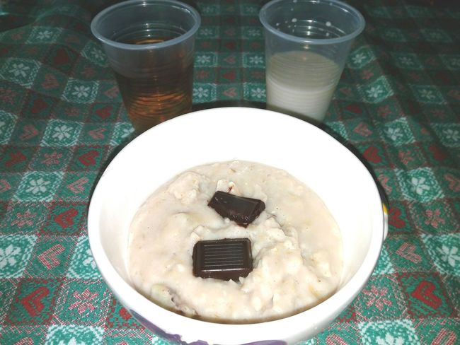 Porridge Porridge Time Drink Table Food And Drink High Angle View Indoors  Meal Non-alcoholic Beverage Ready-to-eat Scottishfood Chocolate Darkchocolate Milk Almondmilk Tea Teatime Bancha Britishfood