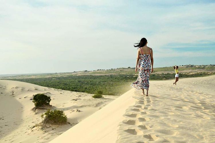 dalat An Eye For Travel Beach Sand Rear View Two People Full Length Walking Sea People Adult Day Boys Sky Nature Standing Sand Dune