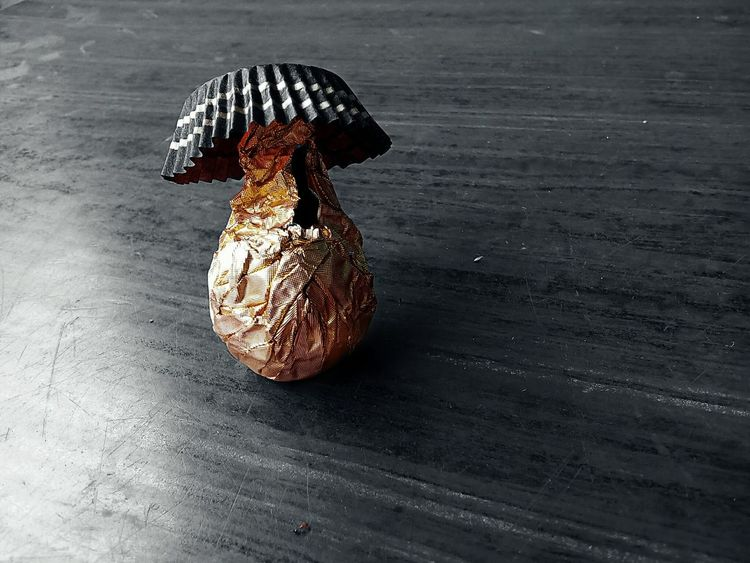 Out with a hat.. 43 Golden Moments Ferrero Rocher Ferrerorocher Still Life Still Life Photography Mobile Photography Interesting Popular Golden Paper Gold Package Gold Color Gold Color Paper Packing Chocolates My Edit Colorsplash Food Yummy Food Photography Sweet Sweet Treats  Fine Art Photography Showcase July The Magic Mission
