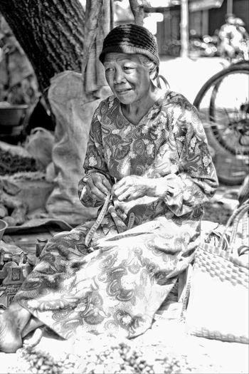 Life Oldwoman Blackandwhite EyeEm Best Shots - Black + White Indo Black And White Collection Hdrphotography Hdr_Collection EyeEm Indonesia