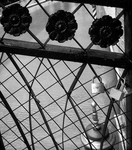 LOCK HEARTS. Love Locks Lovebind Promised Infinity Black Sweet EyeEm Gallery Eyeemphotography Philippines Poweroflove Love Is In The Air Unforgotten Love Two Hearts Became One Two Hearts Paddlocks EyeEm Eyeemphoto Couple In Love