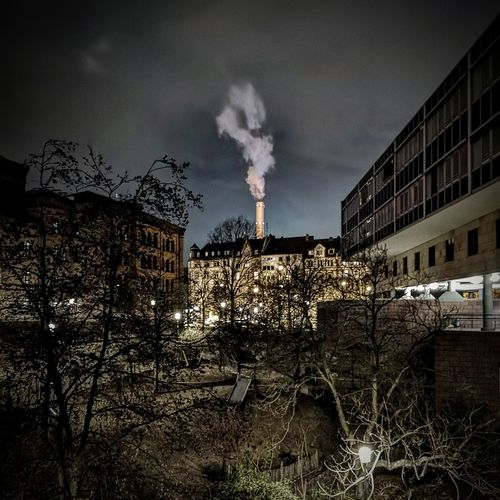 Finanzamt Gutleutviertel Frankfurt Am Main Factory Industry Smoke Stack Fumes Chimney Smoke - Physical Structure Emitting Environmental Issues Pollution Environment Smoke Urban Scene