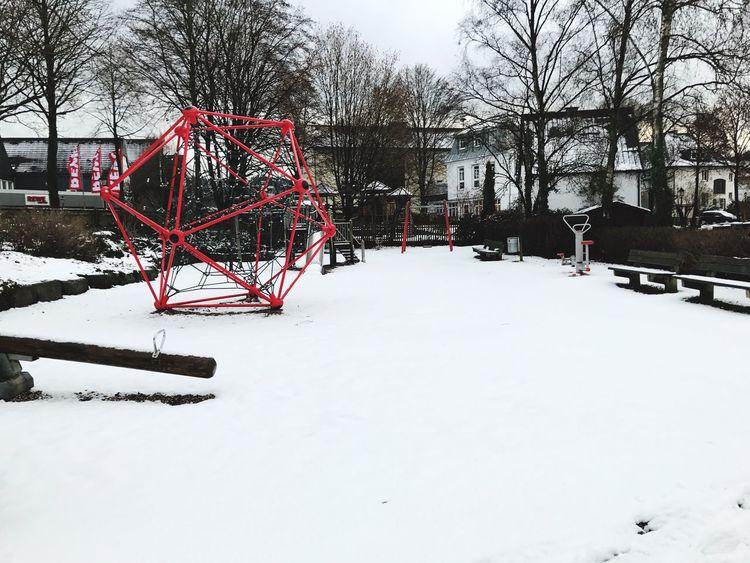 Spielplatz Schnee Winter