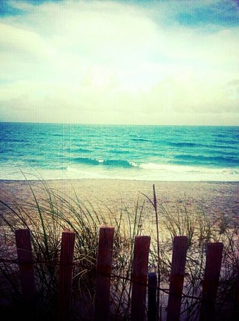 Loveing the beach on this Christmas Day♡♡♡ Beachphotography Relaxing Funtimes First Eyeem Photo ChristmasDay♥ Happybirthdayjesus ApostolicPentecostal Apostolic