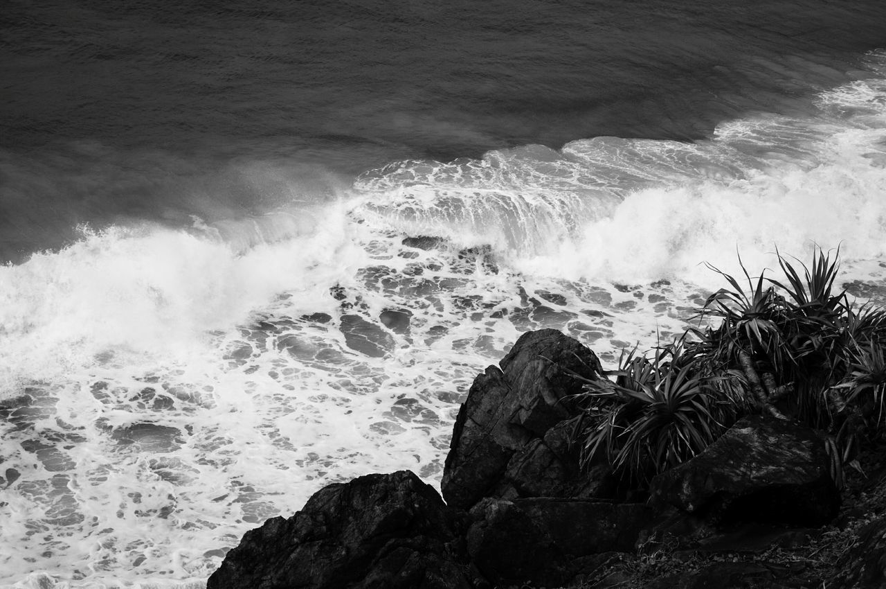 High Angle View Of Waves Rushing Towards Shore At Cabarita Beach