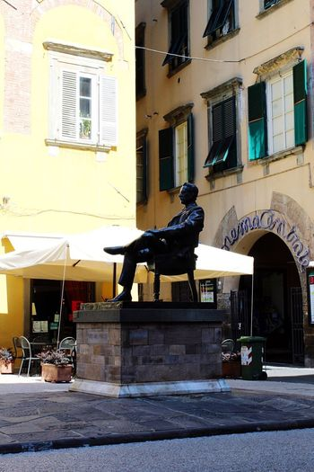 Tourism Italy Lucca Lucca Italy Building Exterior Architecture Built Structure City Window Building Sculpture Representation Statue No People Residential District Art And Craft Sunlight Day