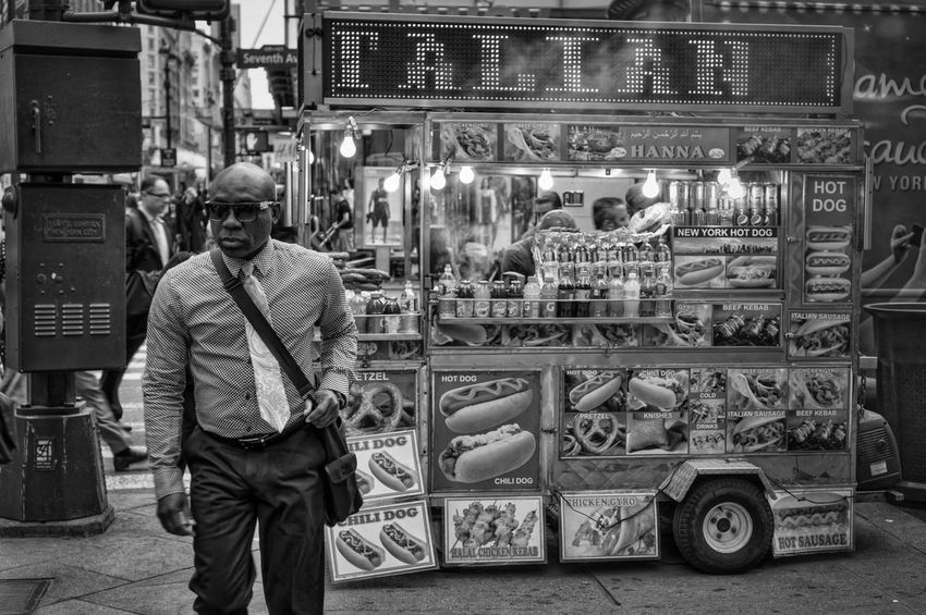 34th Street Cart 1 Bw_collection Momochrome Streetphoto_bw Black And White Streetphotograpy Blackandwhite