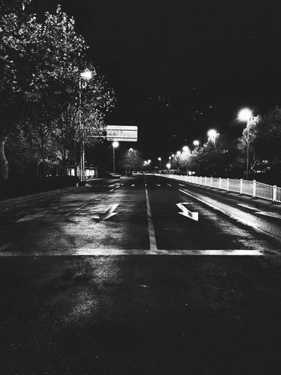 Night Illuminated Tree Road The Way Forward Transportation Outdoors Street Built Structure No People Architecture Street Light Sky City The Street Photographer - 2017 EyeEm Awards Blackandwhite IPhone Photography Neighborhood Map
