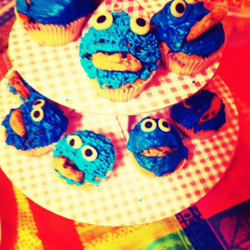 Cookiemuffinmonster étagère Kruemelmonster Cookiemonster Muffin Multi Colored Creativity Art And Craft Close-up