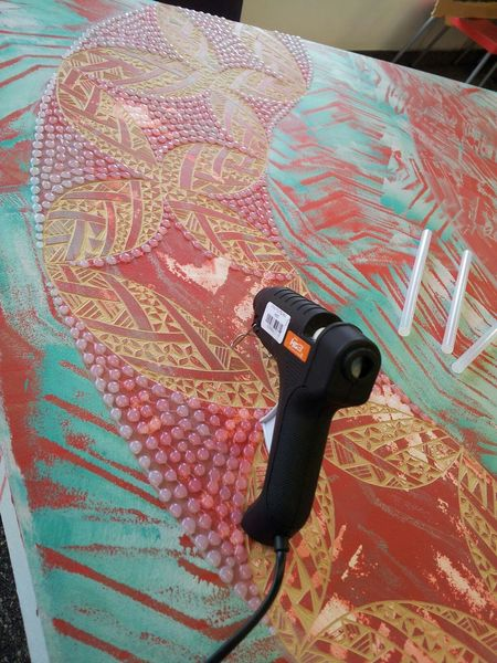 Samoan Pride Carvings Glue Dots Artist Red Painting Art Pacific Patterns Dunedin New Zealand
