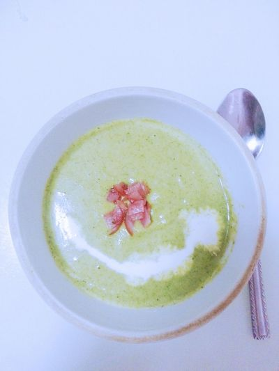 Enjoy A Meal In My Mouf Having A Soup tonight's soup—bacon broccoli with cream .but i think that it tasted a little strange ...☜ignore that cream which i ruined...