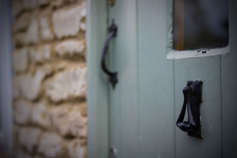 Cotswolds Cottage Cirencester EyeEmNewHere Door Focus On Foreground Security Architecture Close-up Wall - Building Feature Selective Focus EyeEmNewHere
