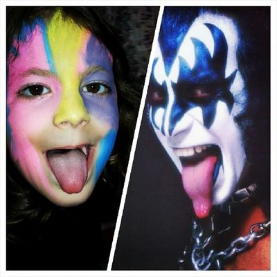 Genesimmons Kiss Kissband Kissarmy paulstanley petercriss acefrehley tommythayer thestarchild rocknroll thedemon bass demon rockandroll detroitrockcity ericcarr concert love ericsinger spaceace starchild superbowl spaceman music kisstory catman rockmusic godofthunder makeup rock