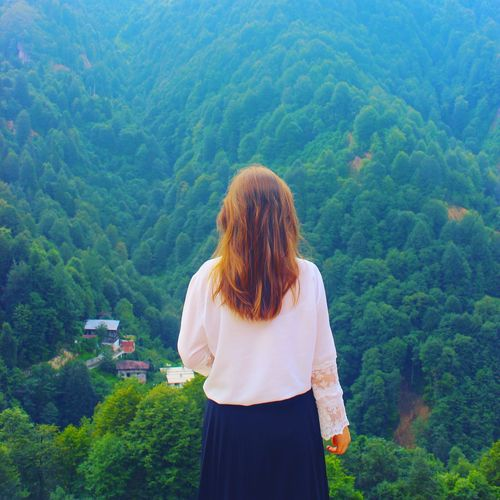 🍀 Holiday Nature EyeEm Best Shots Green Color Tree Back City Human Back Mountain Women Beauty Young Women Rural Scene Forest Growing In Bloom Tea Crop Plant Life